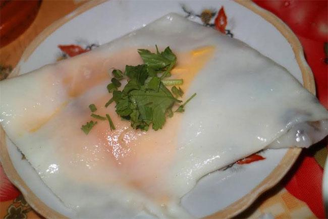 Bánh cuốn trứng Lạng Sơn ngon nức tiếng