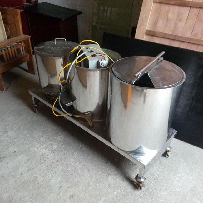 Bộ bếp 3 nồi phở điện được chủ quán phở thanh lý