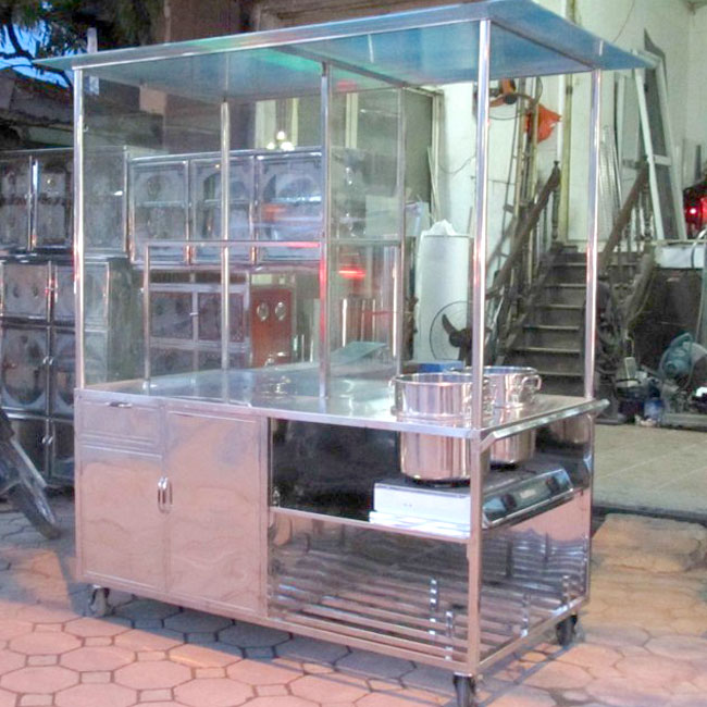 Xe bán hủ tiếu Inox được nhiều người lựa chọn bán hủ tiếu vỉa hè