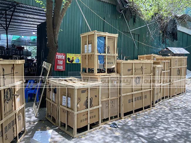 Quang Huy giao tủ cơm công nghiệp Toàn quốc