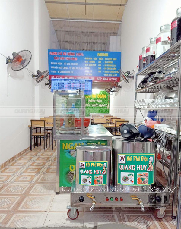 Quán canh cá lắp đặt nồi nấu phở điện Quang Huy
