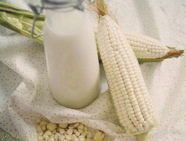 Cách làm sữa ngô bắp nếp