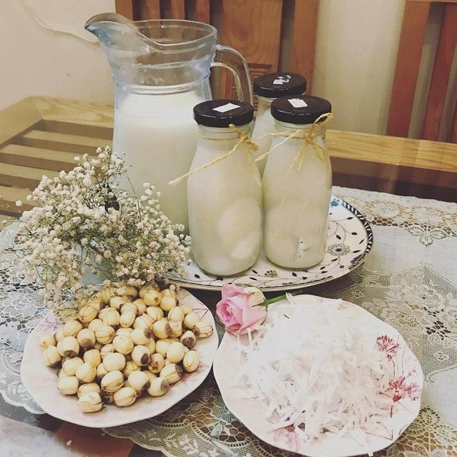 Món sữa bắp hạt sen với hàm lượng dinh dưỡng dồi dào tốt cho sức khỏe