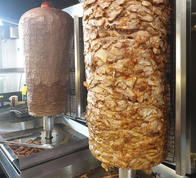 Cây thịt nướng Doner Kebab hấp dẫn